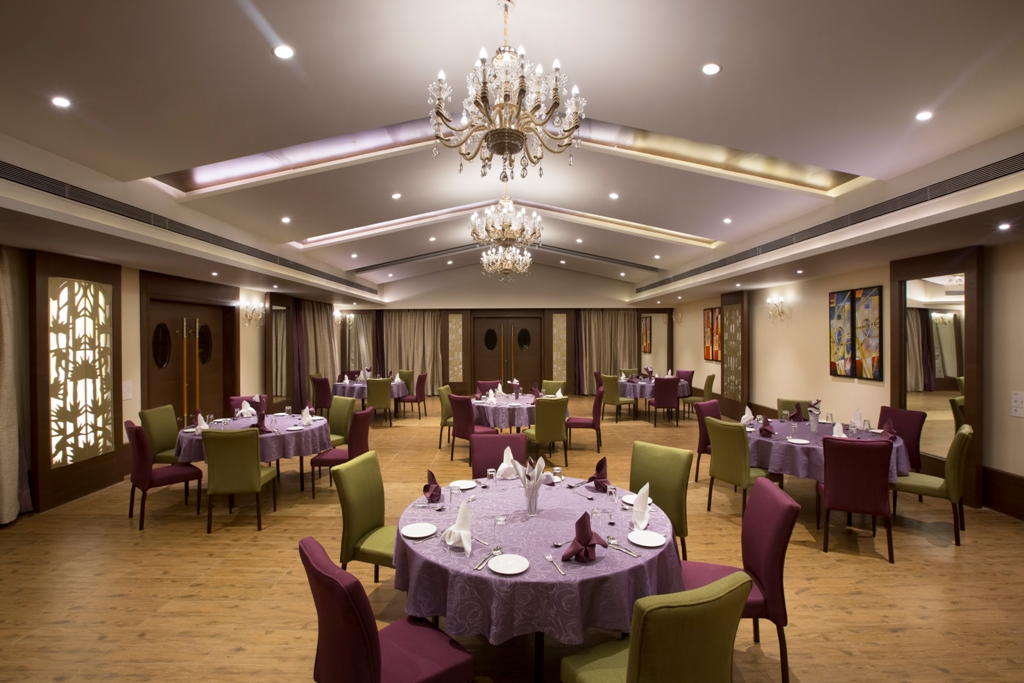 Banquet_hall_Cluster_seating